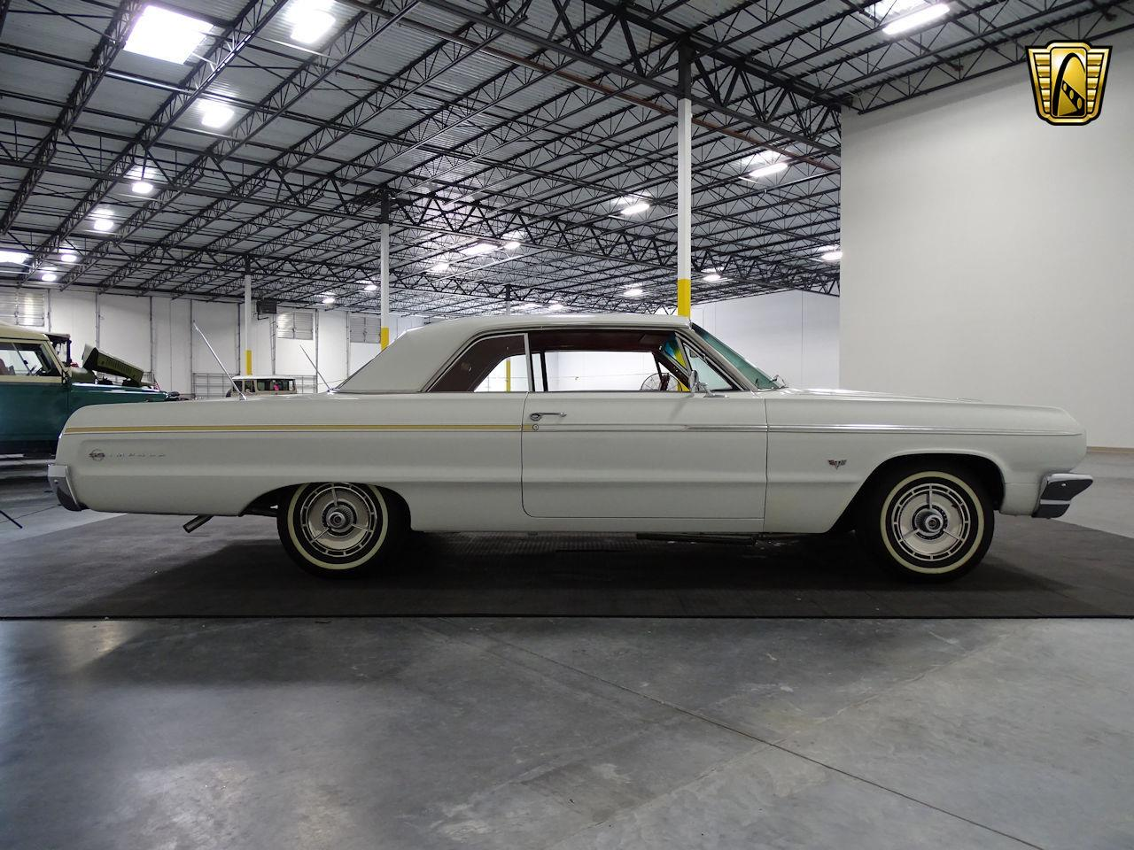 Large Picture of '64 Impala located in Houston Texas - $37,595.00 Offered by Gateway Classic Cars - Houston - M8PS