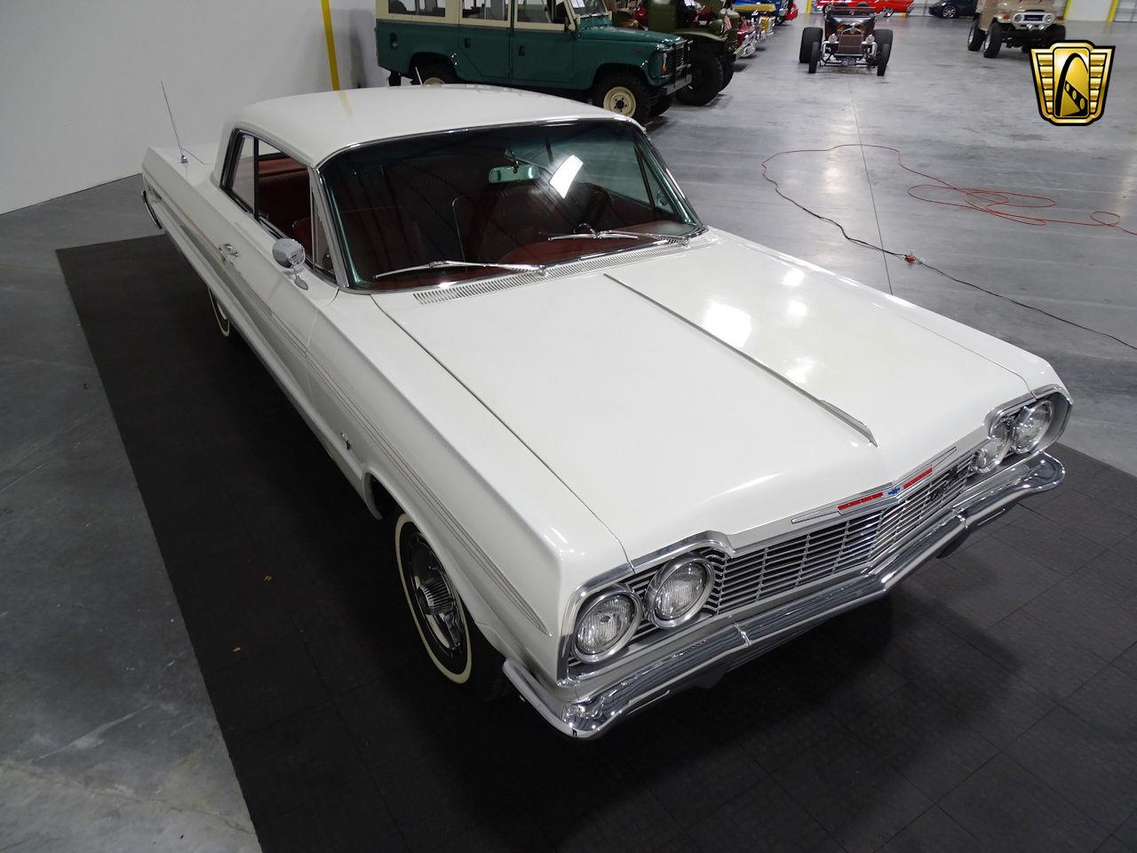 Large Picture of 1964 Impala - M8PS