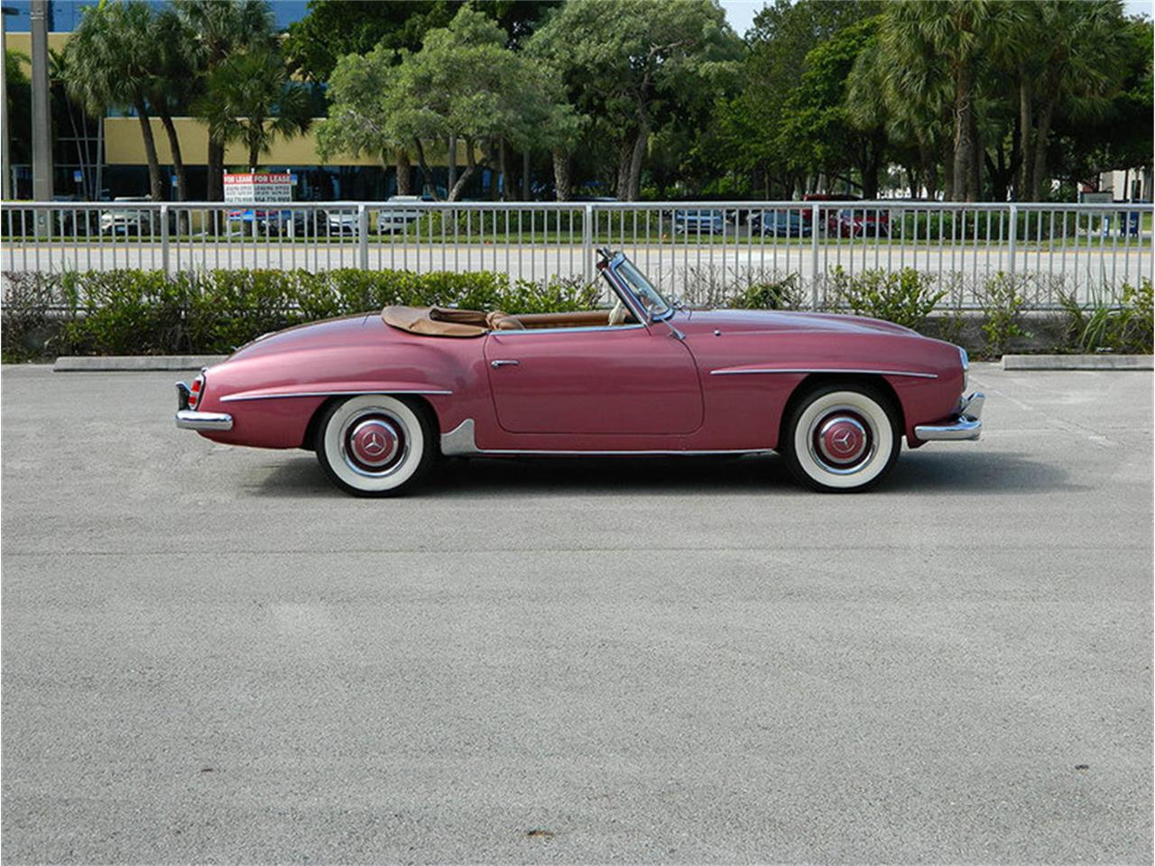 Large Picture of Classic 1957 Mercedes-Benz 190SL located in Fort Lauderdale Florida - $225,900.00 - M8SB