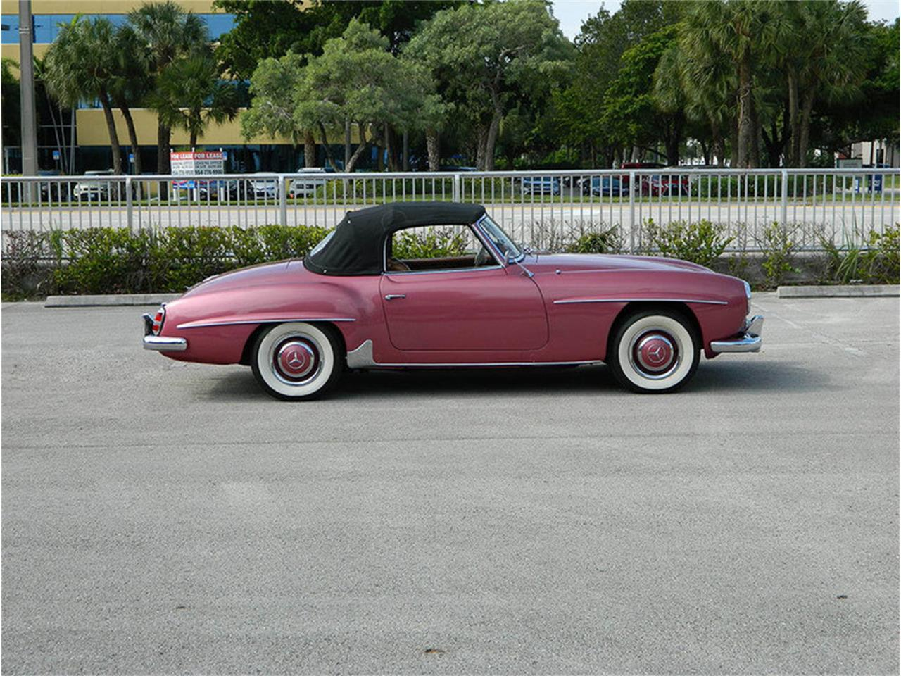 Large Picture of 1957 190SL located in Fort Lauderdale Florida - M8SB