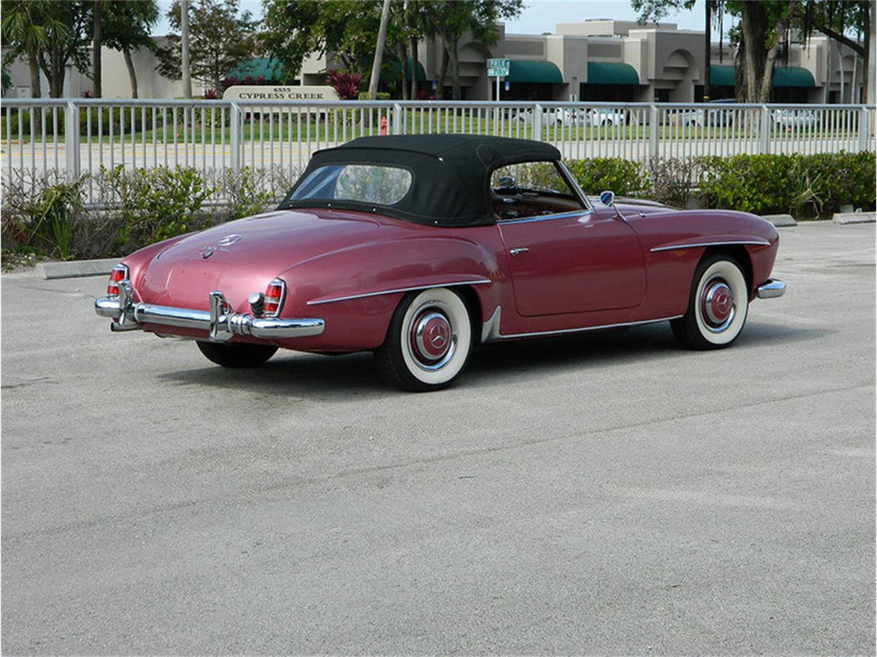Large Picture of Classic 1957 Mercedes-Benz 190SL located in Florida - M8SB
