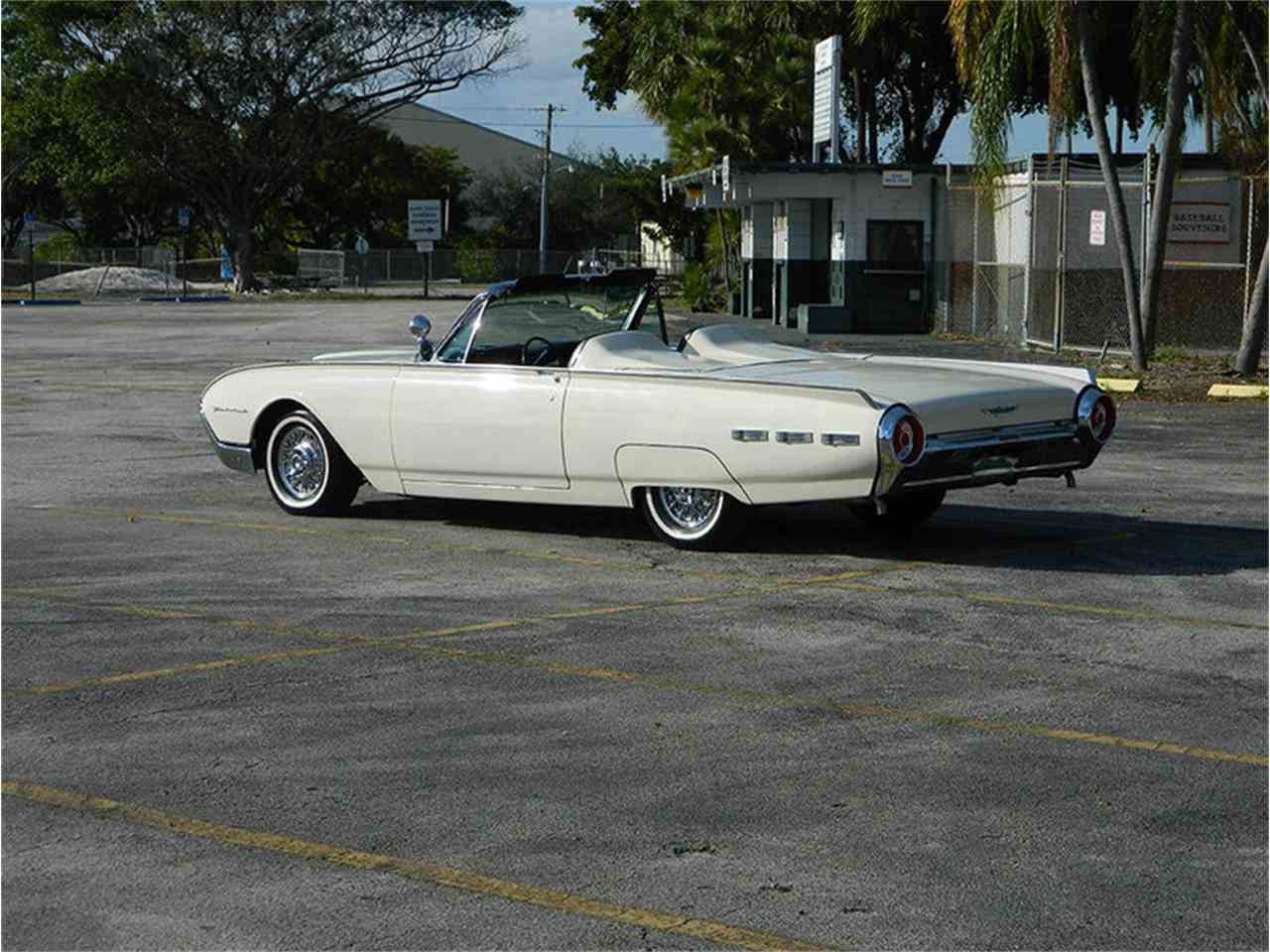 Large Picture of 1962 Ford Thunderbird located in Florida - $49,900.00 Offered by International Auto Group - M8SF