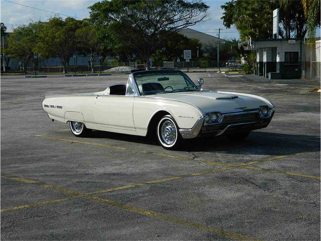 Large Picture of Classic 1962 Thunderbird located in Fort Lauderdale Florida - $49,900.00 - M8SF
