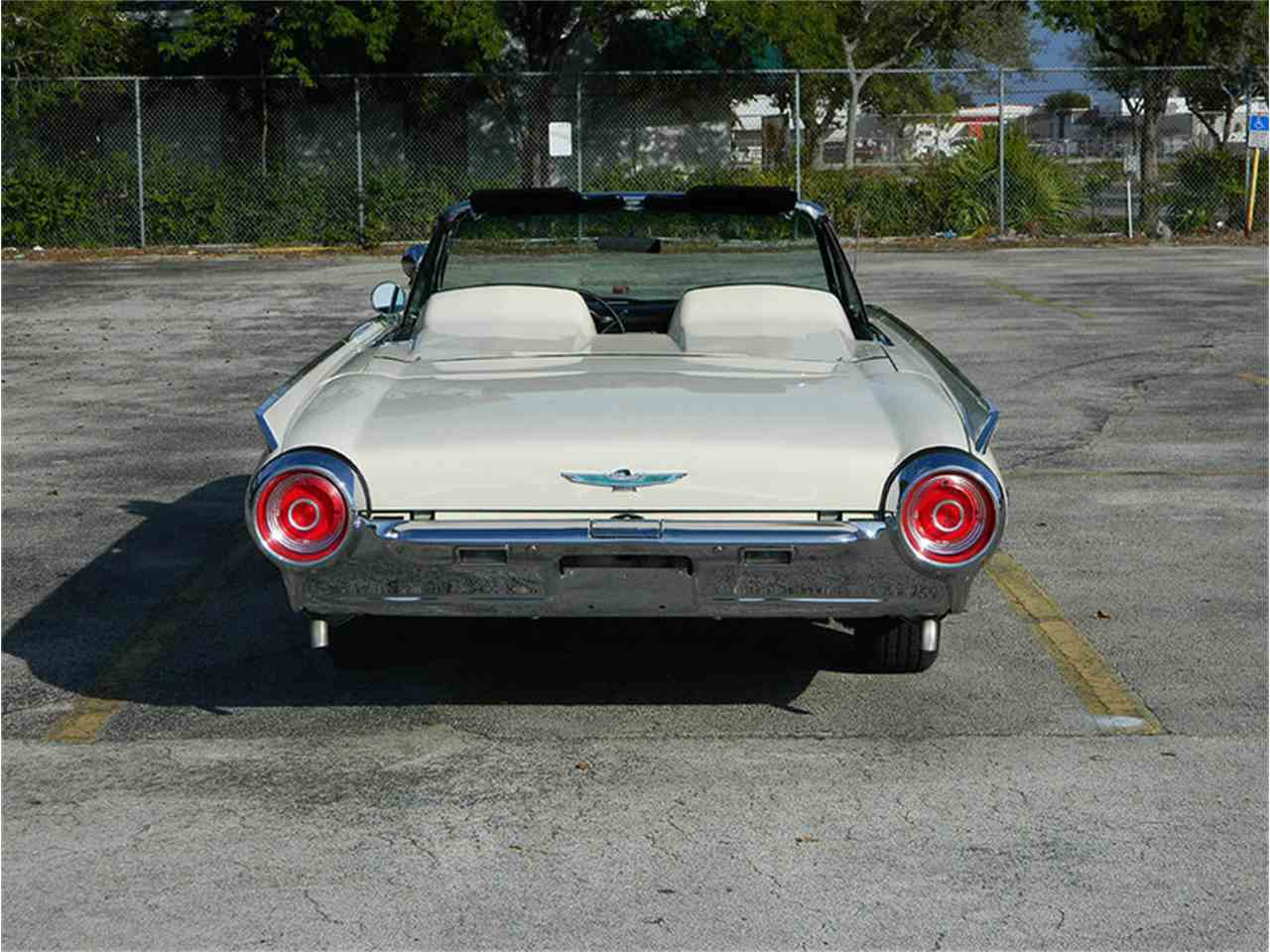Large Picture of Classic '62 Ford Thunderbird - $49,900.00 - M8SF