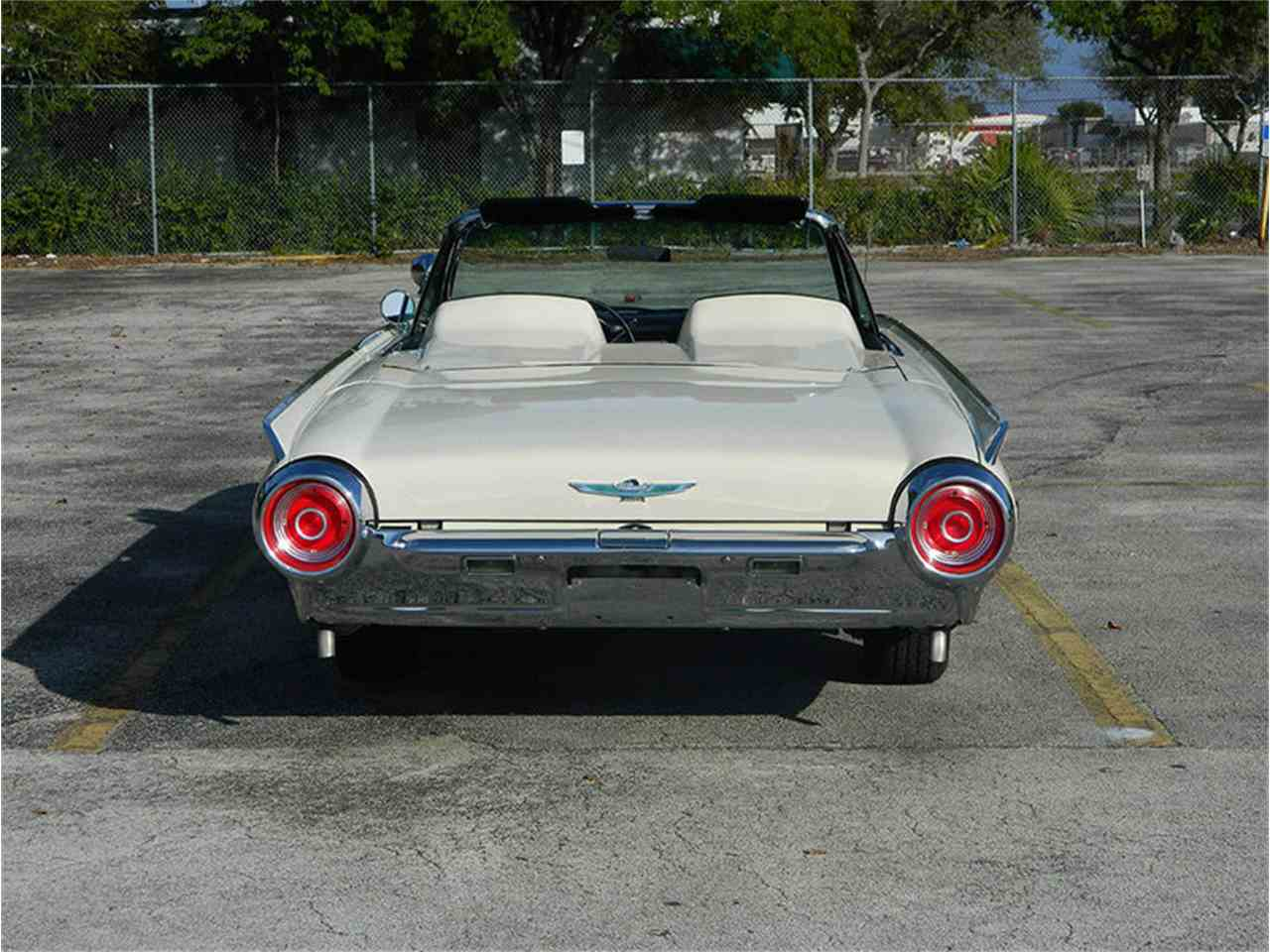 Large Picture of Classic 1962 Ford Thunderbird - $49,900.00 - M8SF