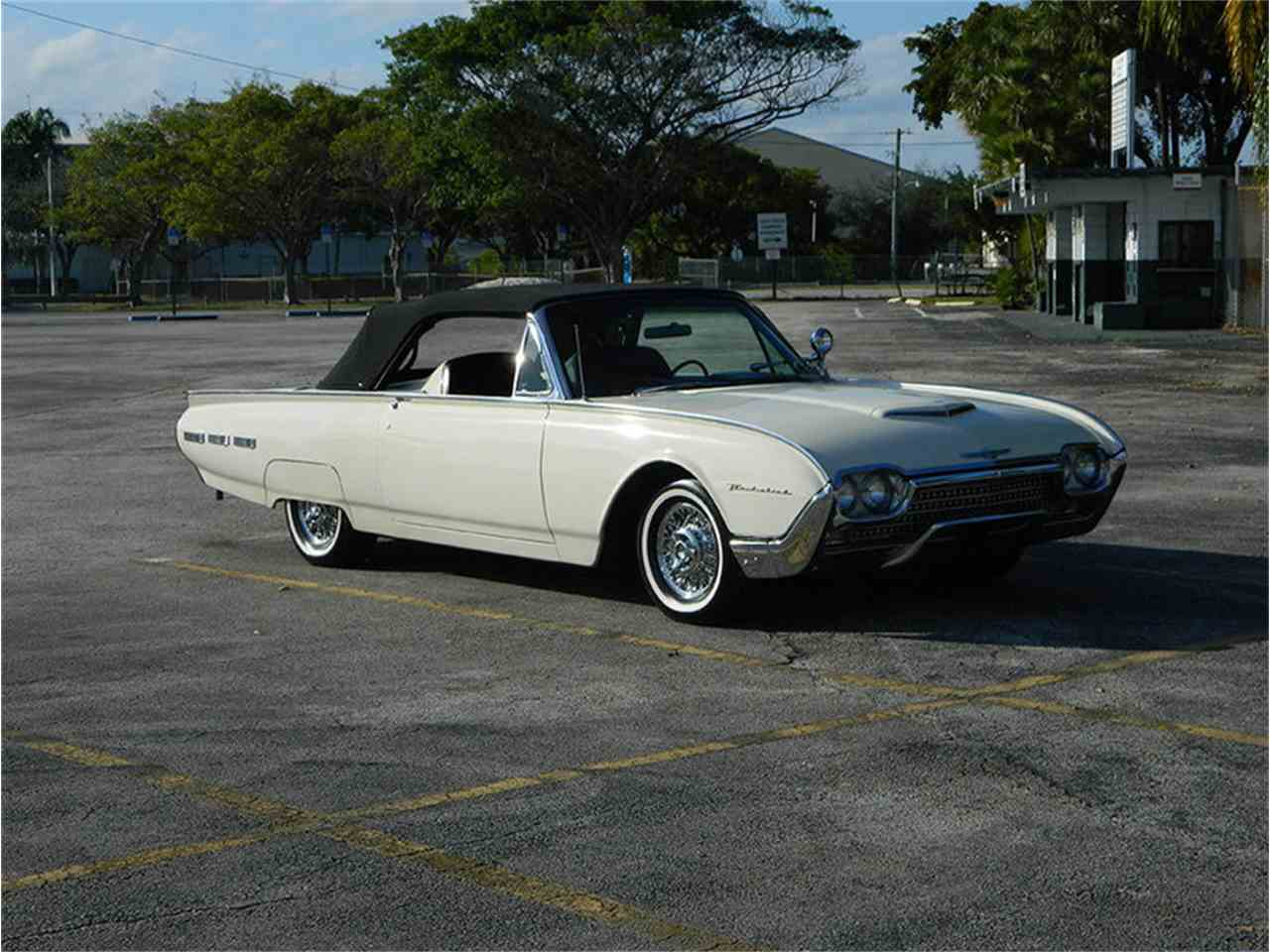 Large Picture of Classic 1962 Ford Thunderbird located in Florida - $49,900.00 - M8SF