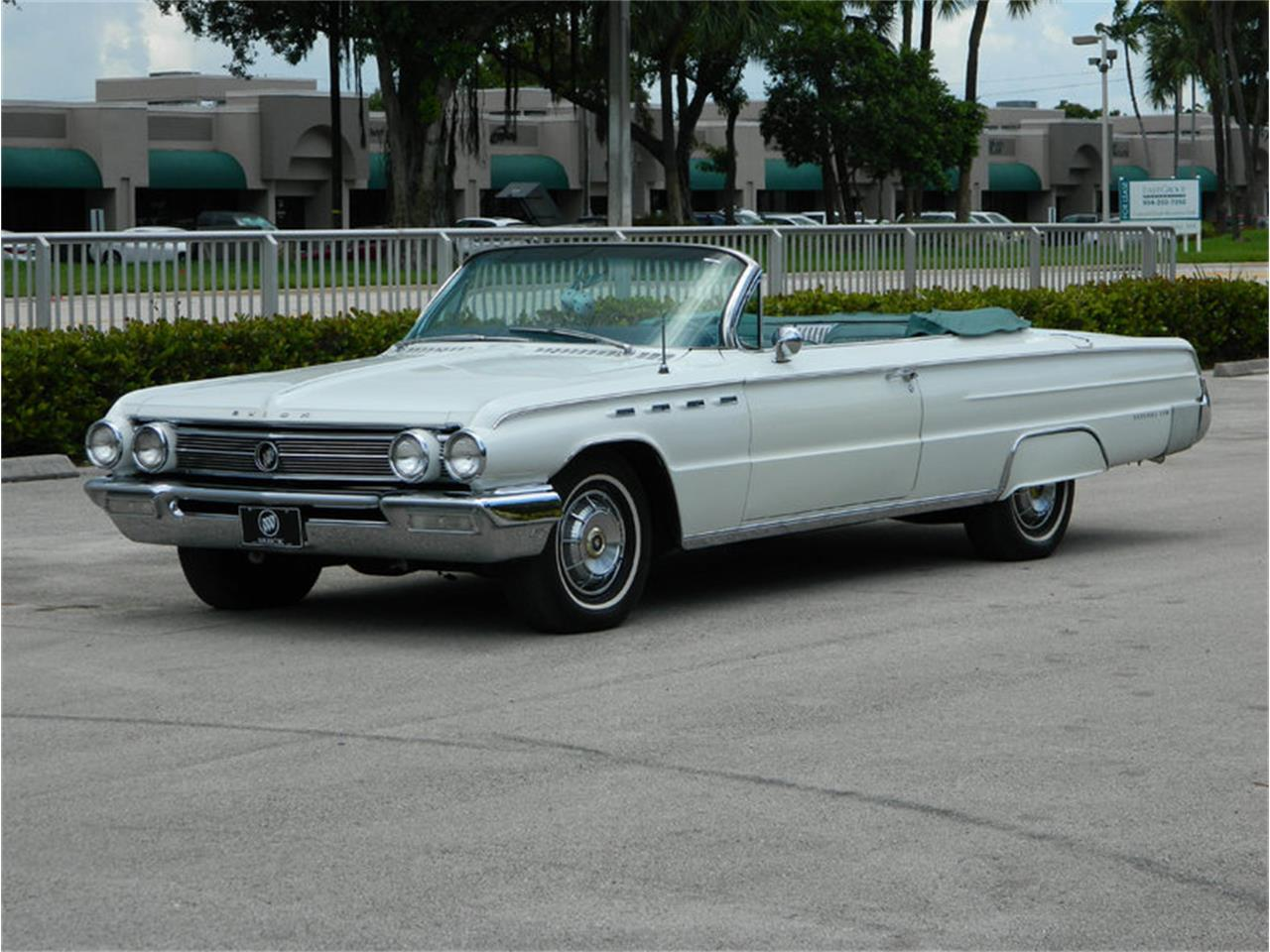 Large Picture of '62 Buick Electra 225 located in Fort Lauderdale Florida - M8SN