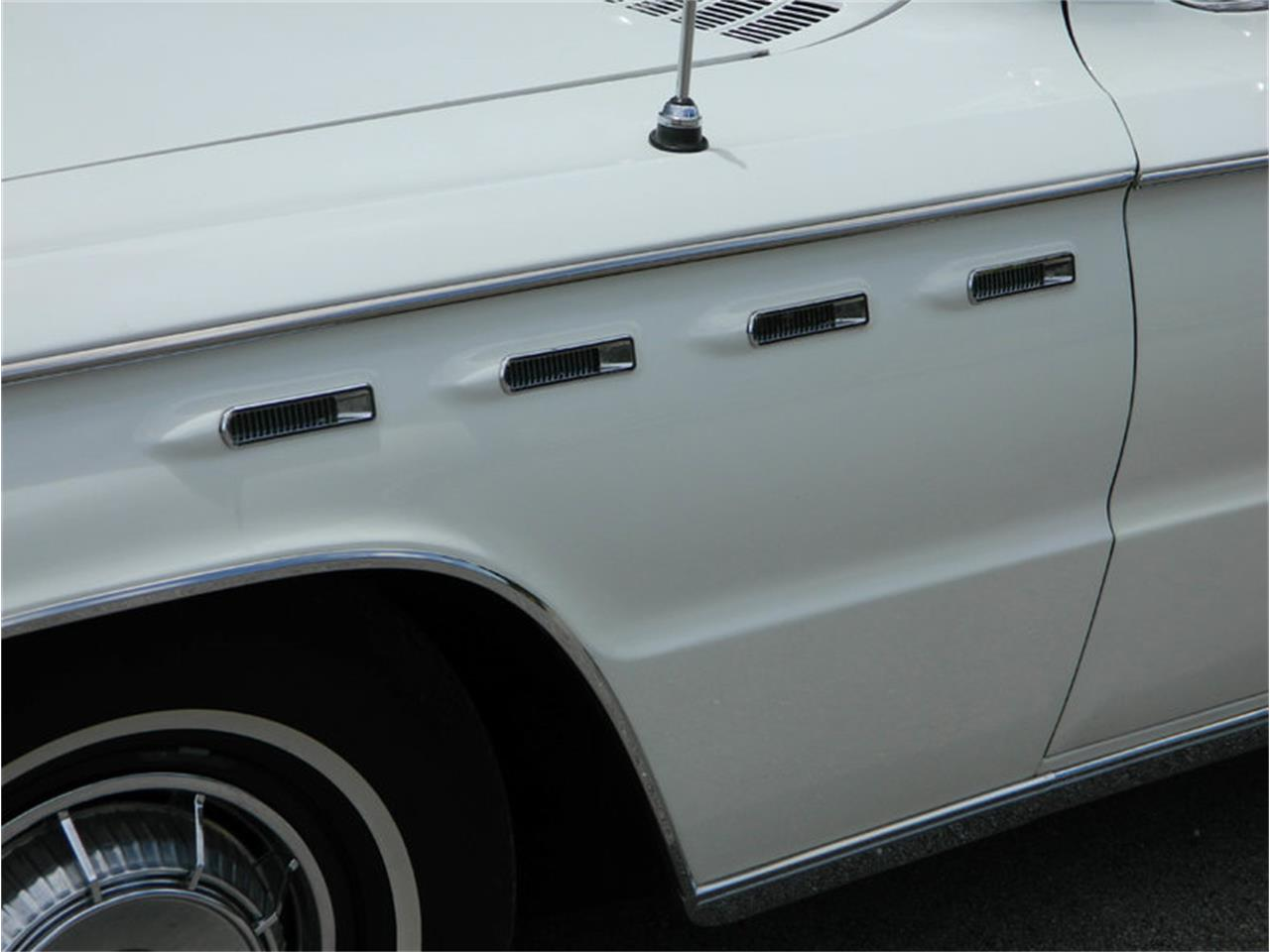 Large Picture of '62 Buick Electra 225 located in Florida - $59,900.00 - M8SN