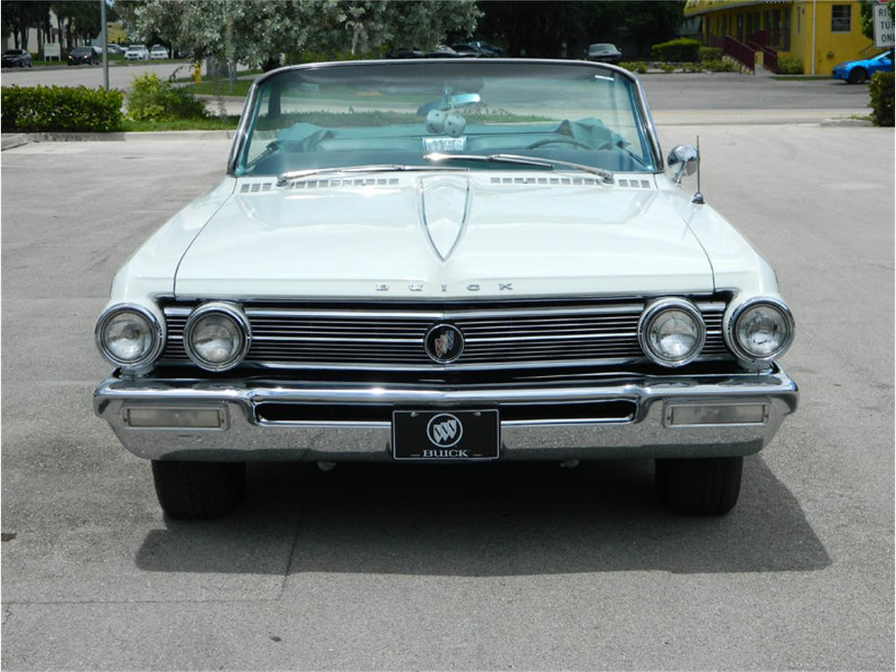 Large Picture of Classic '62 Electra 225 - $59,900.00 Offered by International Auto Group - M8SN