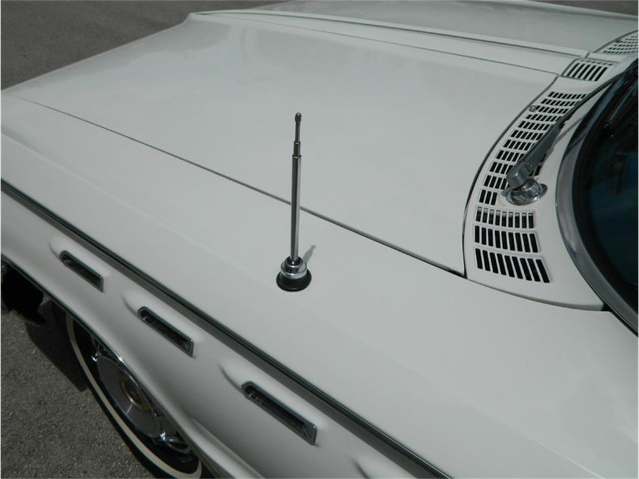 Large Picture of Classic '62 Electra 225 - M8SN