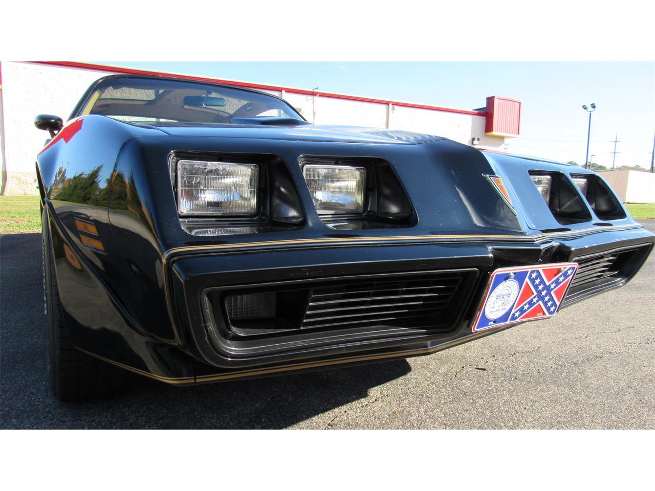 Large Picture of 1979 Firebird Trans Am located in Ohio - M8TS