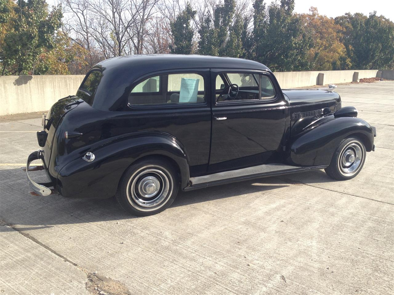 Large Picture of Classic 1939 Chevrolet Deluxe located in Missouri - M8TV