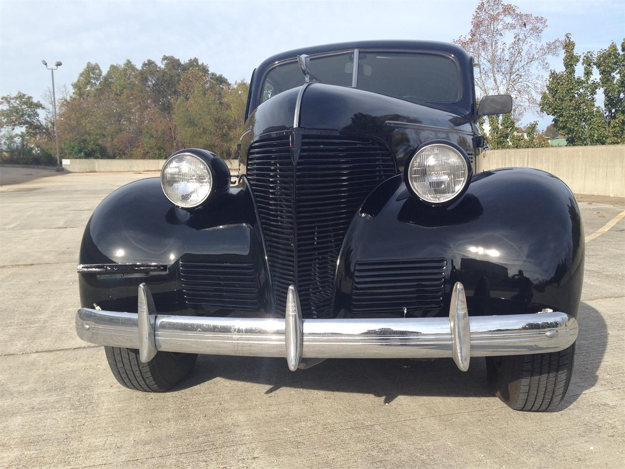 Large Picture of '39 Deluxe Offered by Branson Auto & Farm Museum - M8TV