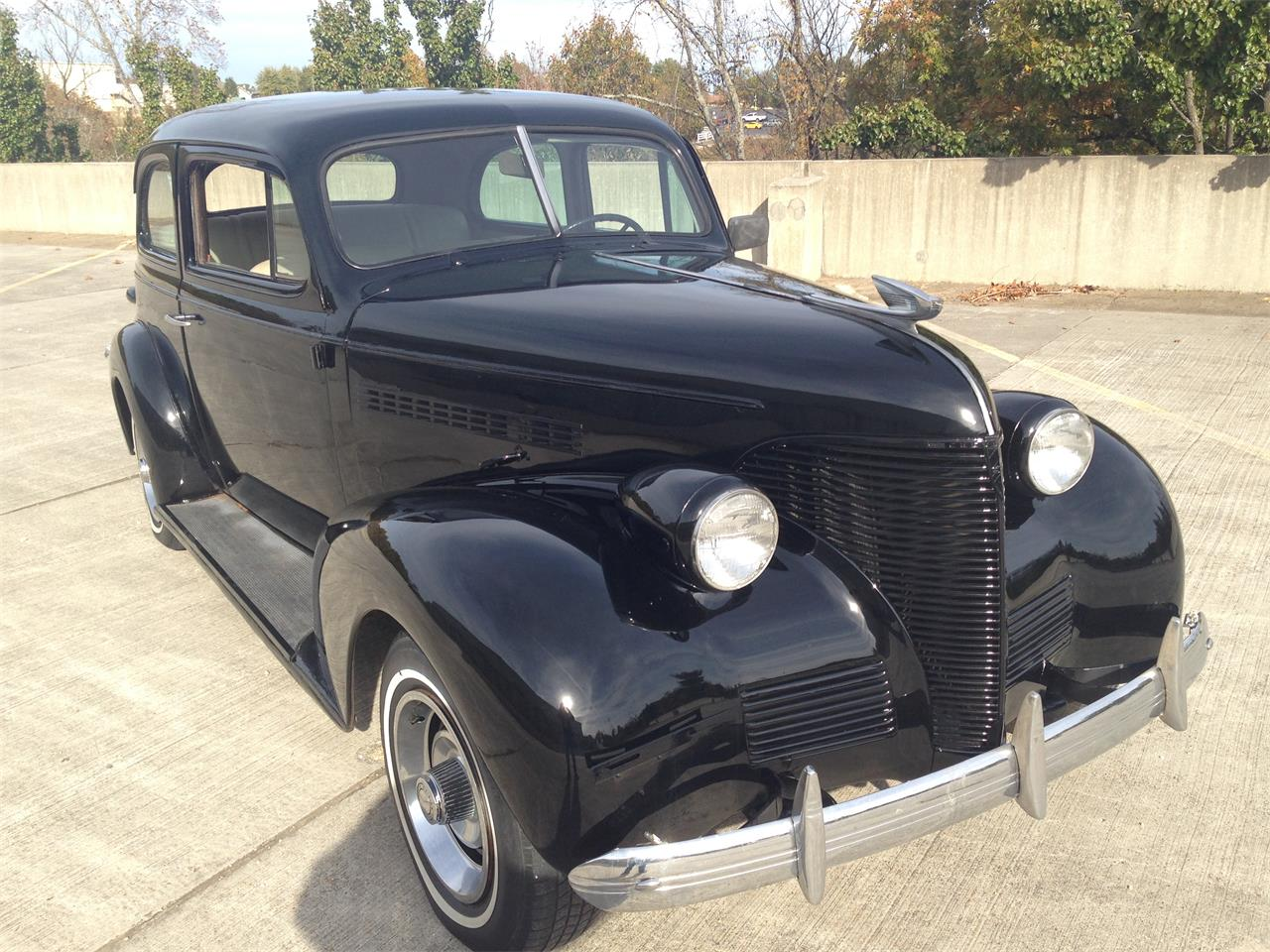 Large Picture of '39 Deluxe - $16,000.00 - M8TV