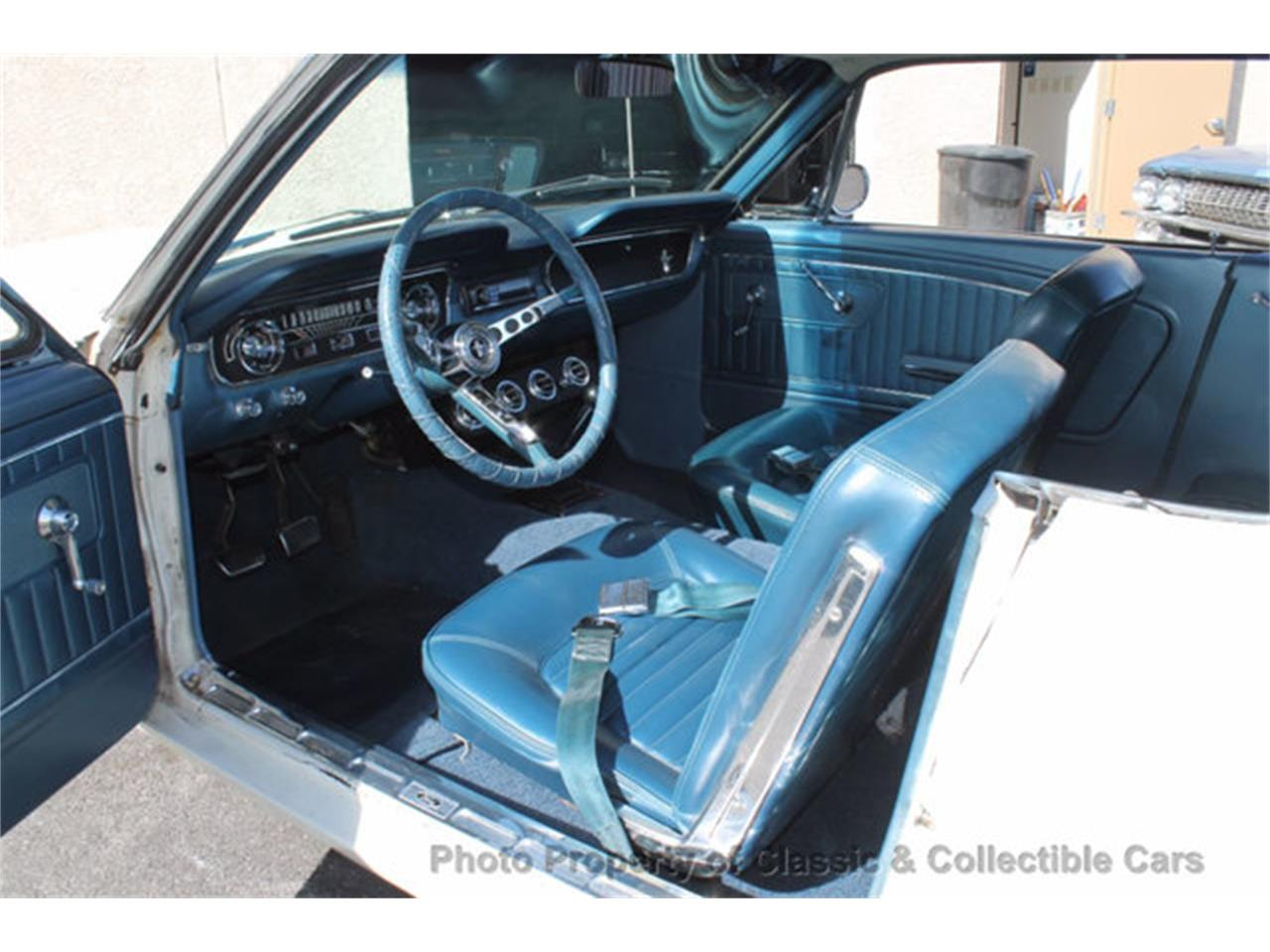 Large Picture of 1965 Ford Mustang - $15,995.00 - M8UQ