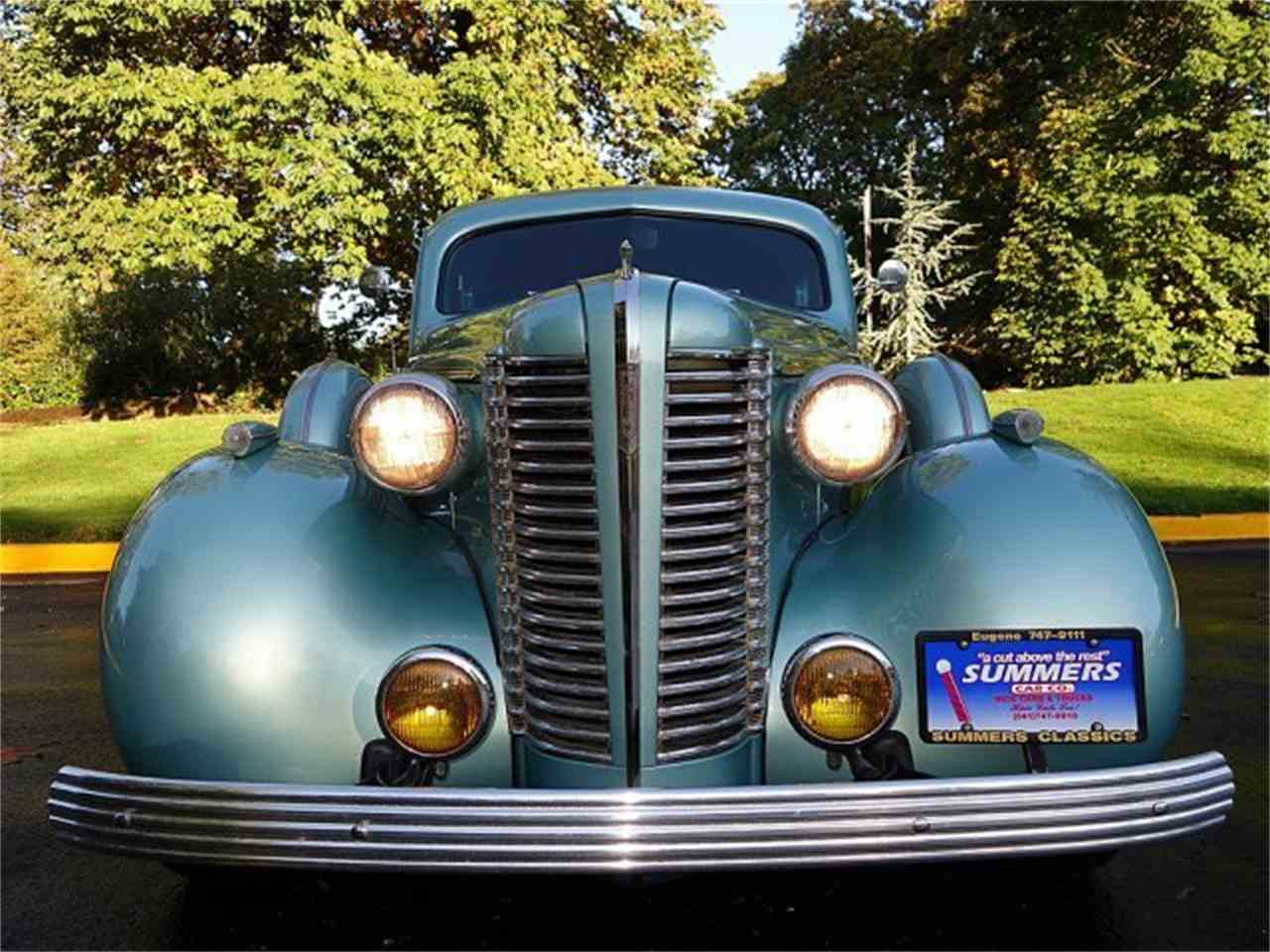 Large Picture of Classic 1938 Buick 4-Dr Sedan - M8UY