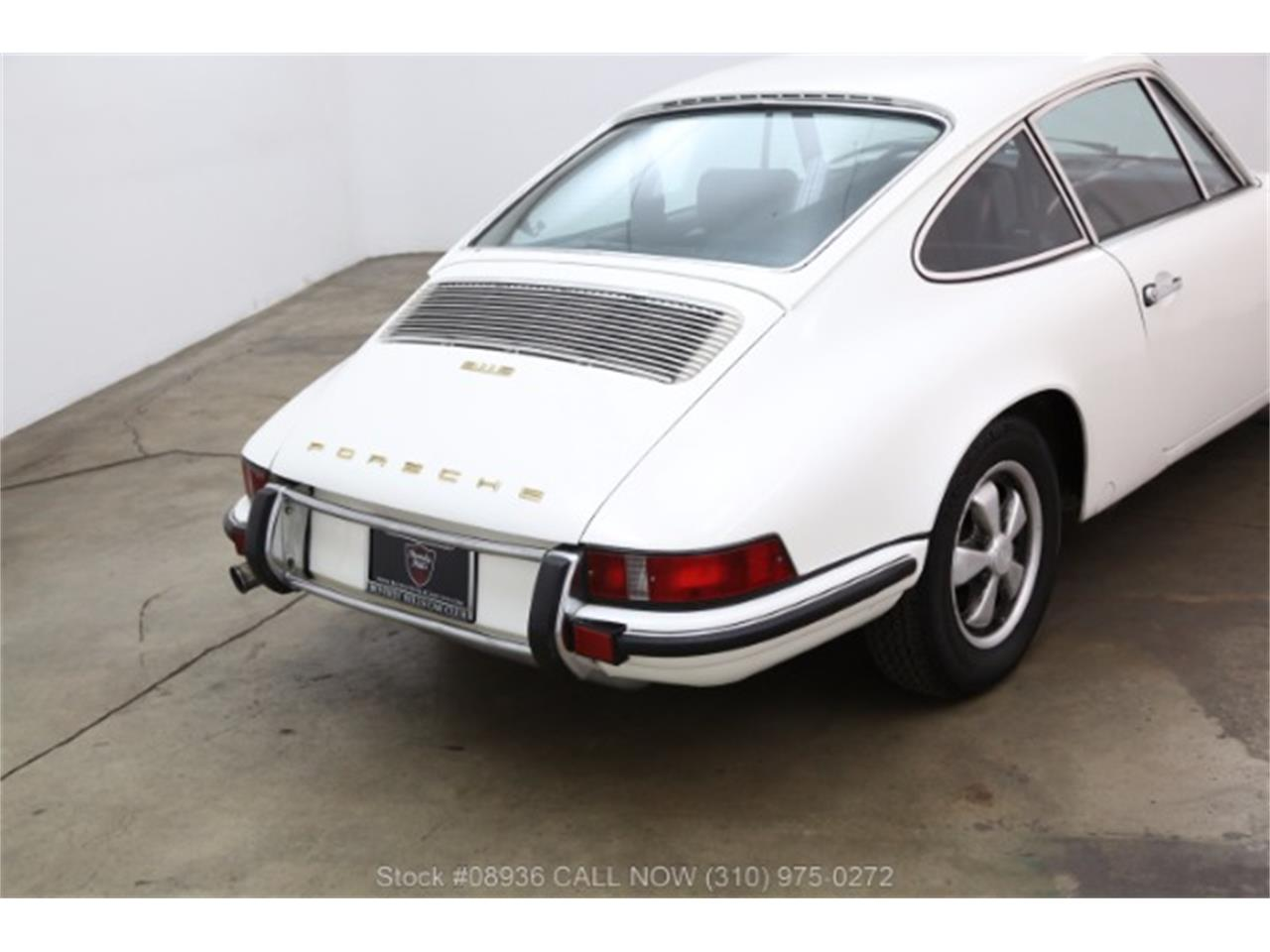 Large Picture of Classic '70 911E located in Beverly Hills California - $54,500.00 Offered by Beverly Hills Car Club - M99C