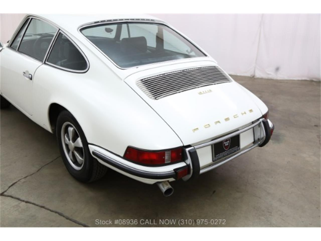 Large Picture of '70 911E located in Beverly Hills California - $54,500.00 Offered by Beverly Hills Car Club - M99C