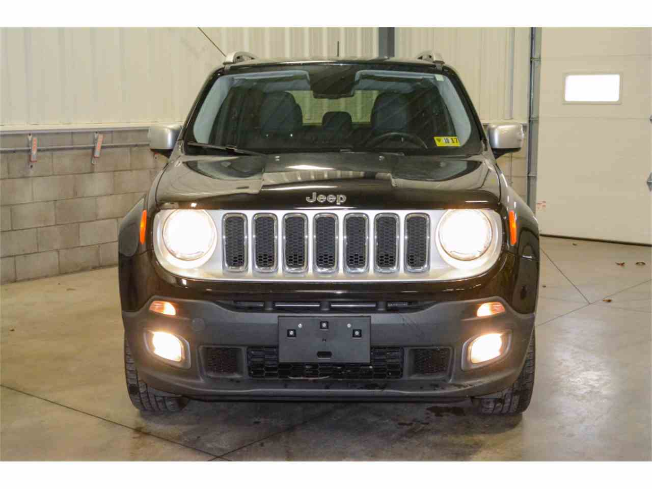 Large Picture of 2016 Jeep Wrangler located in Salem Ohio - M9AL