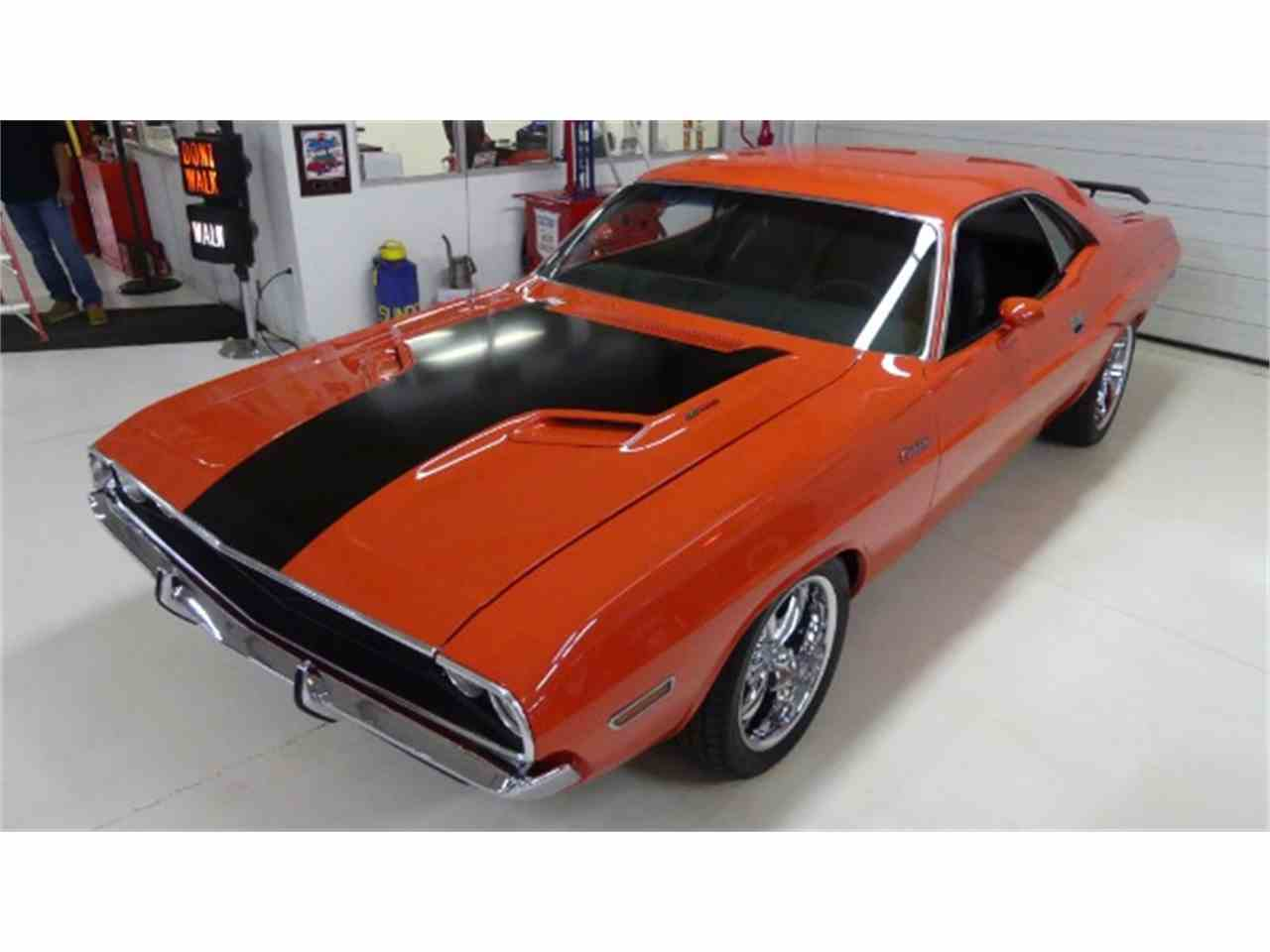 Large Picture of Classic '70 Dodge Challenger - $54,995.00 - M9BD
