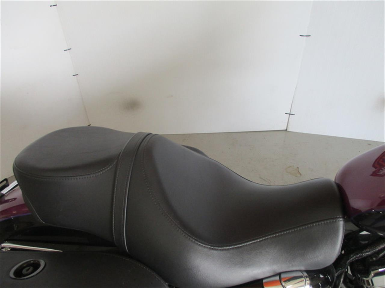 Large Picture of '16 XL1200T - Sportster® SuperLow® 1200T - M9CY