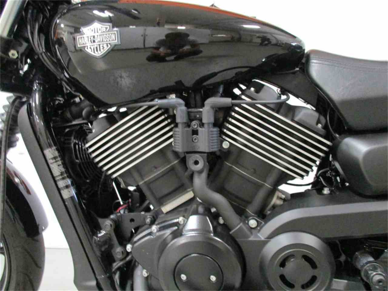 Large Picture of '16 XG750 - Street® 750 - M9E3