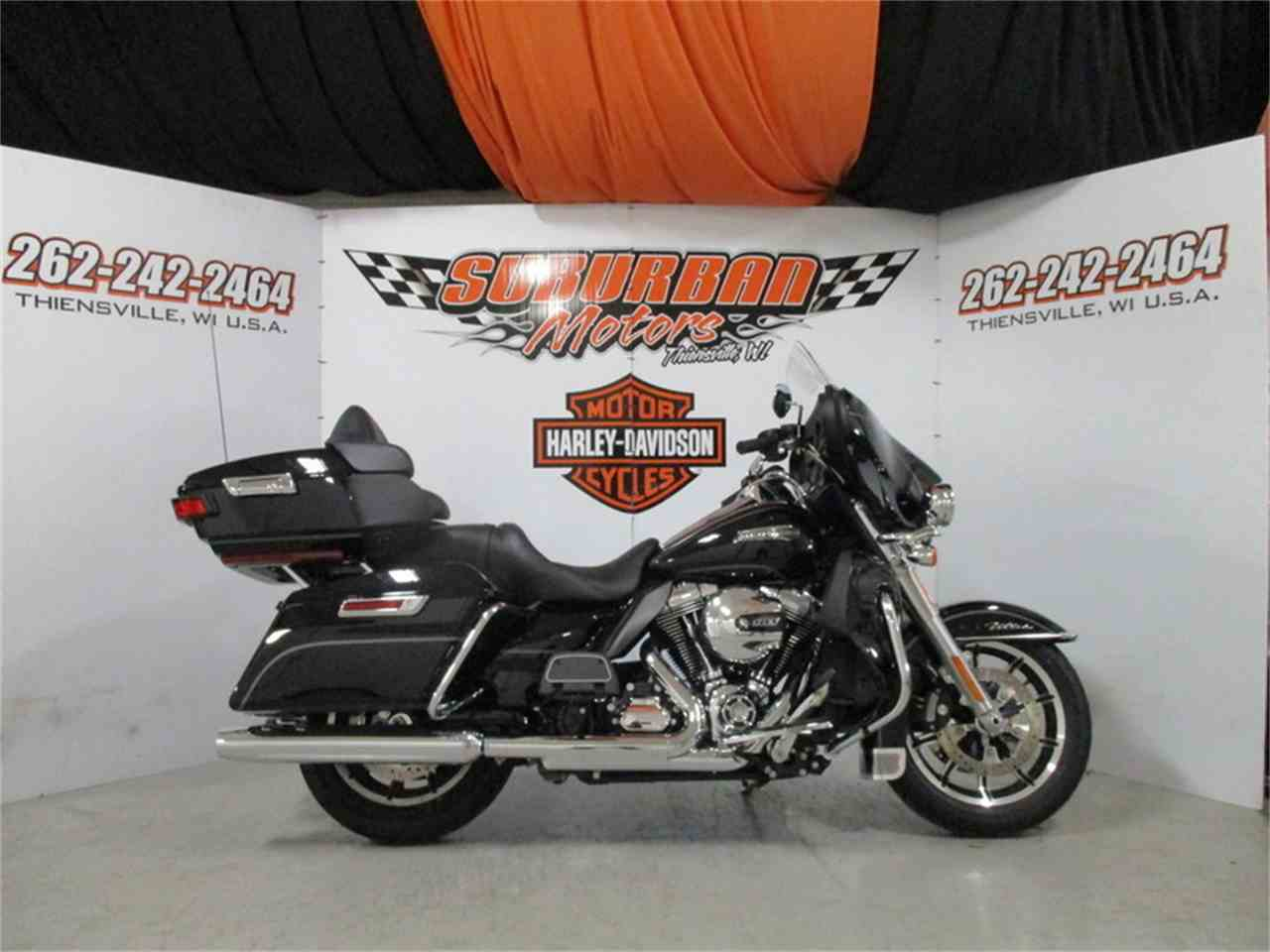 Large Picture of '16 FLHTCU - Electra Glide® Ultra Classic® located in Thiensville Wisconsin - $19,566.00 - M9EU
