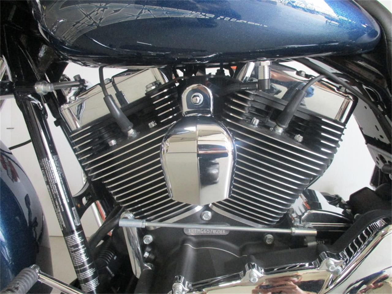 Large Picture of '16 FLTRXS - Road Glide® Special located in Thiensville Wisconsin - M9FJ