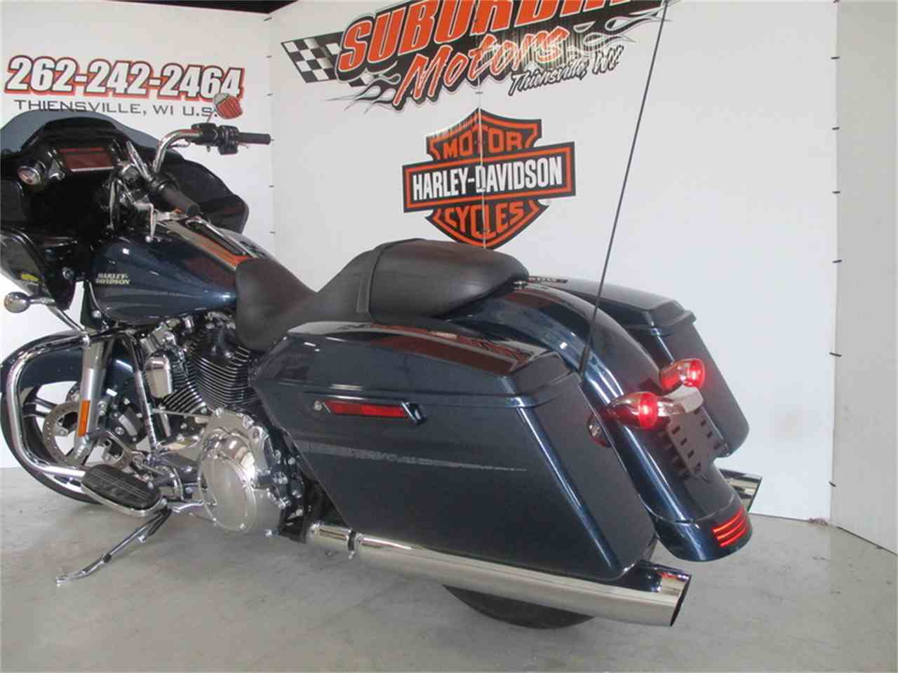 Large Picture of '16 Harley-Davidson® FLTRXS - Road Glide® Special Offered by Suburban Motors, Inc. - M9FJ