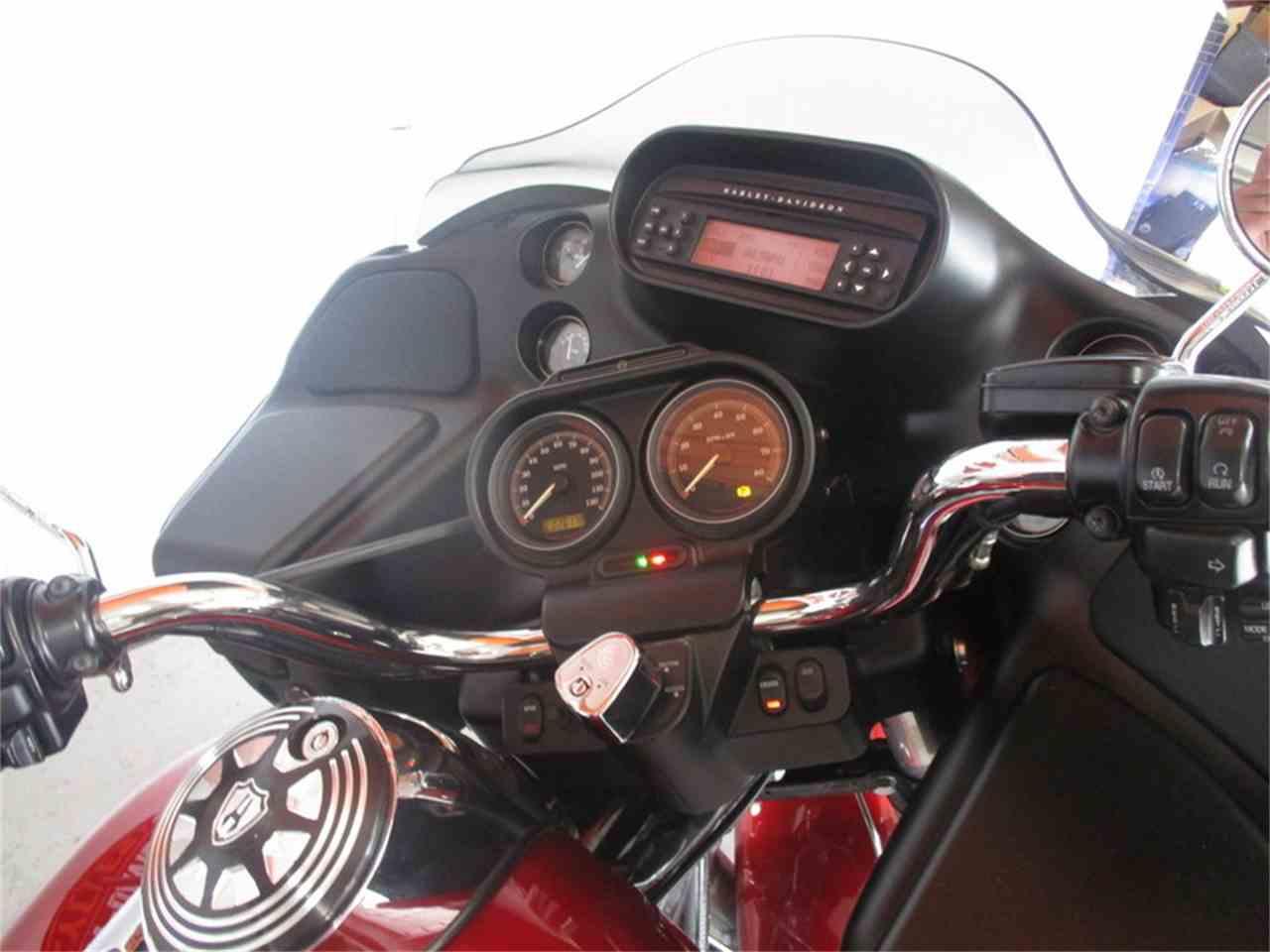 Large Picture of '12 FLTRU - Road Glide® Ultra - M9GF