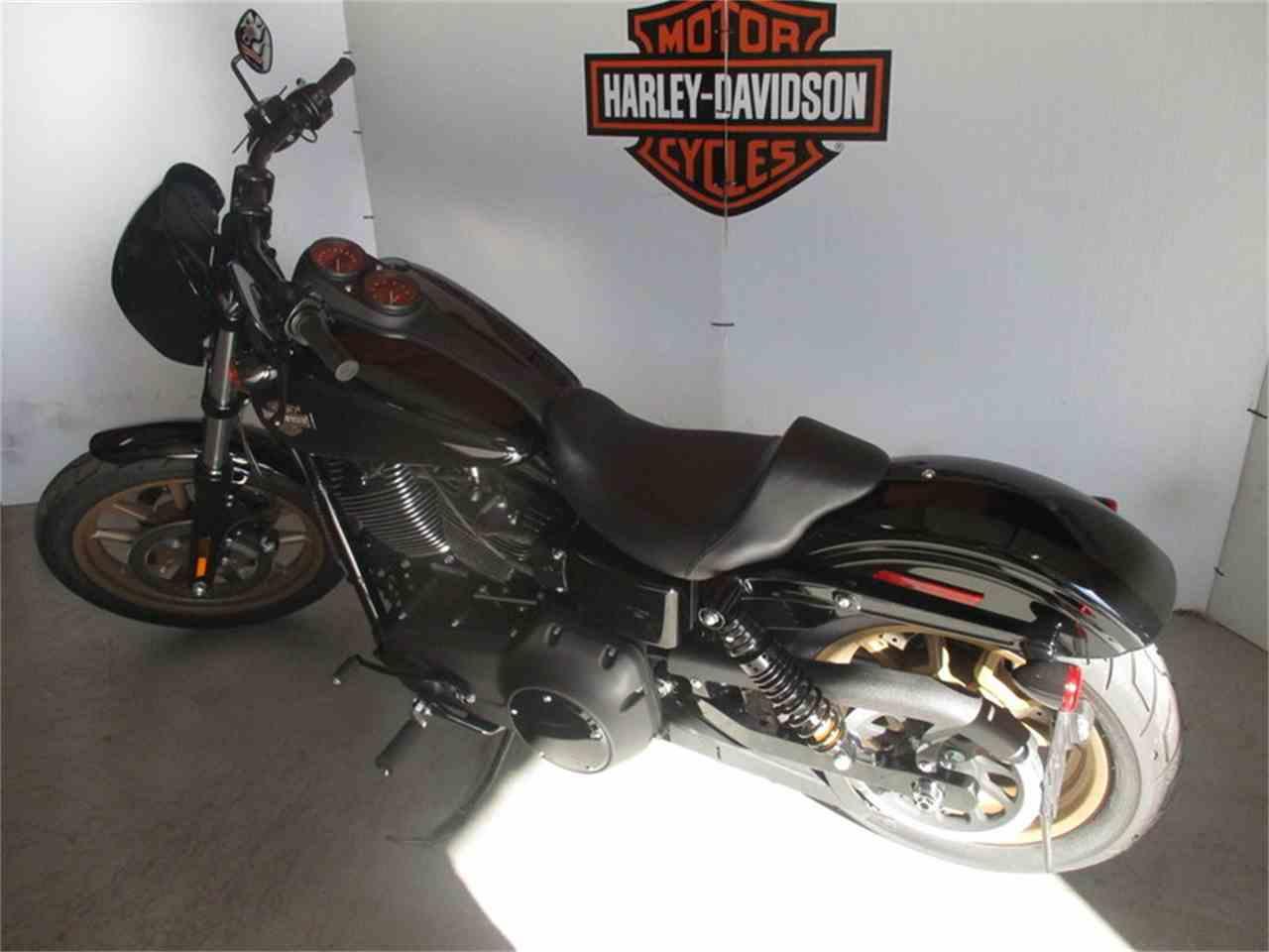 Chandler Harley Davidson S Bike And Car Show