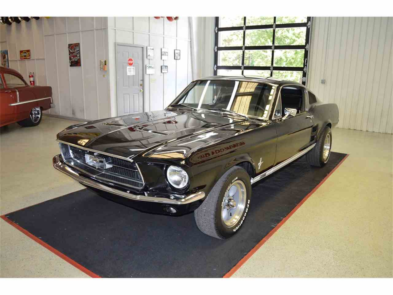 Large Picture of '67 Mustang - M9IL