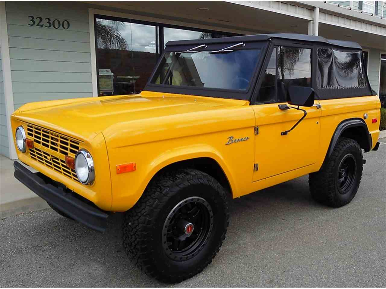 Large Picture of '74 Bronco - M9JB