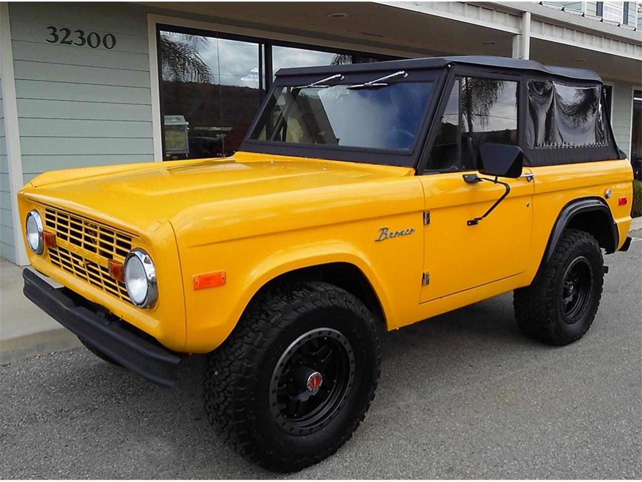 Large Picture of 1974 Ford Bronco located in Redlands California - M9JB