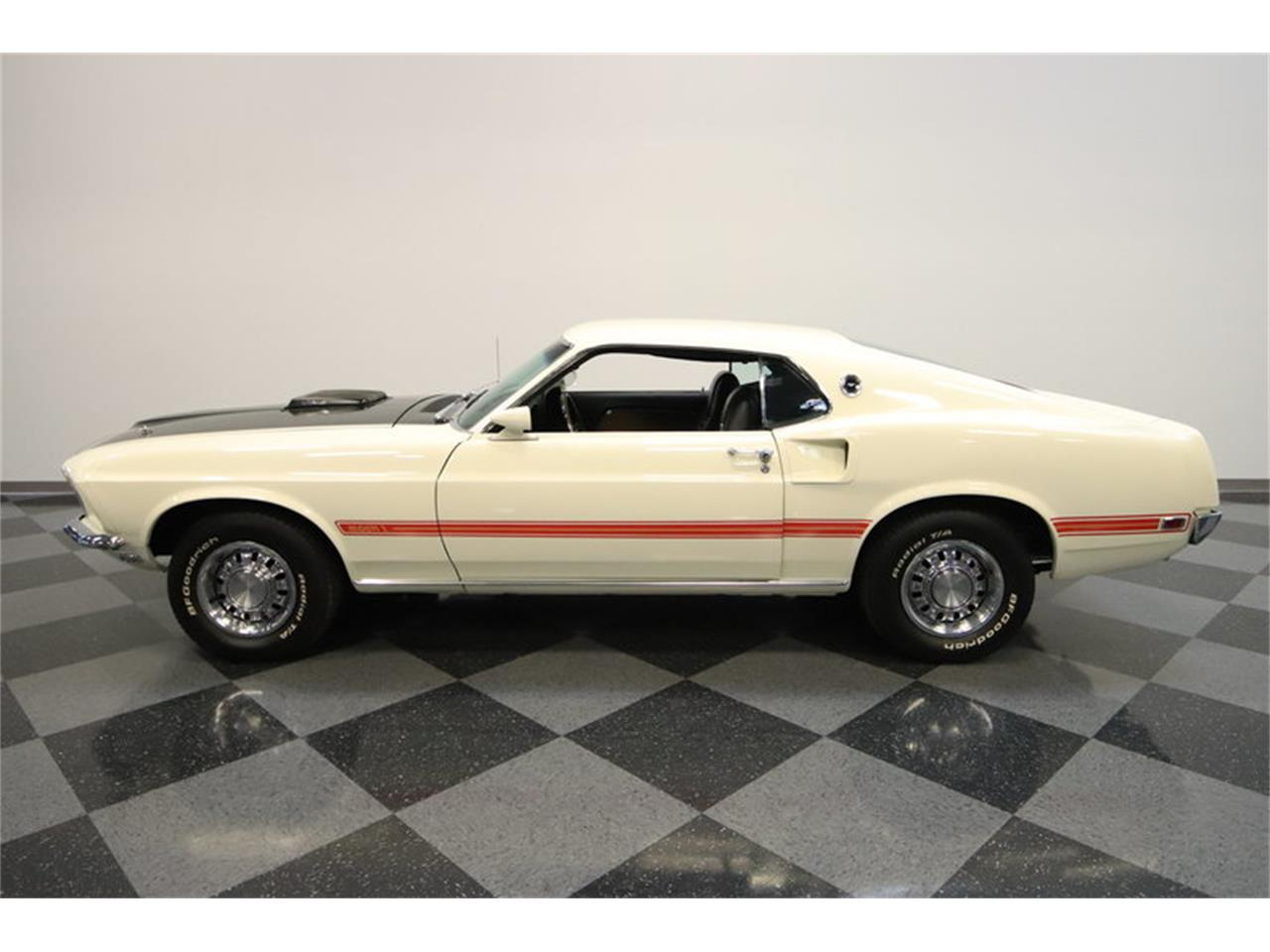 Large Picture of '69 Mustang Mach 1 - M9K0