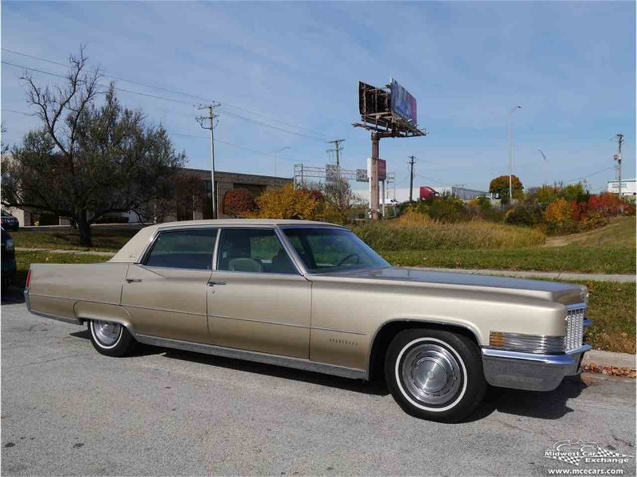 Large Picture of '70 Cadillac Fleetwood Brougham - $12,900.00 - M9KI