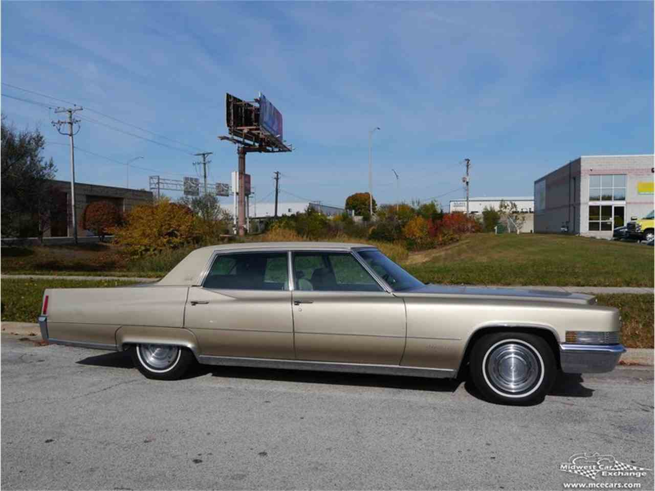 Large Picture of 1970 Cadillac Fleetwood Brougham located in Illinois - $12,900.00 Offered by Midwest Car Exchange - M9KI