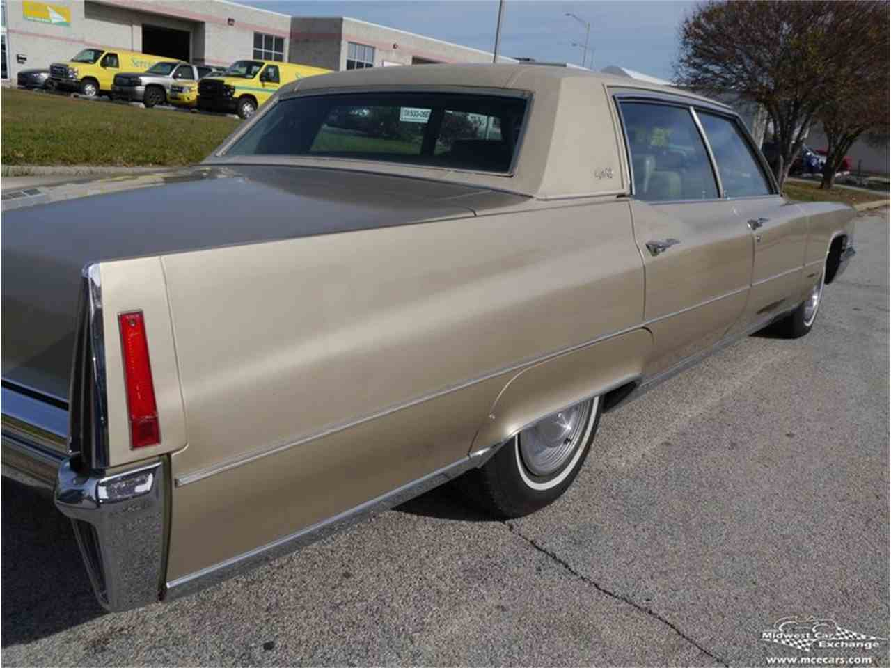 Large Picture of Classic 1970 Cadillac Fleetwood Brougham - $12,900.00 Offered by Midwest Car Exchange - M9KI