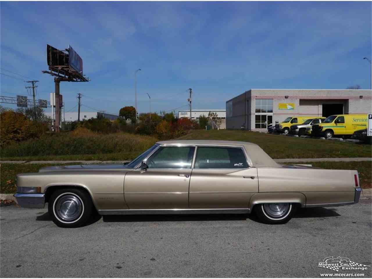 Large Picture of 1970 Cadillac Fleetwood Brougham located in Illinois Offered by Midwest Car Exchange - M9KI