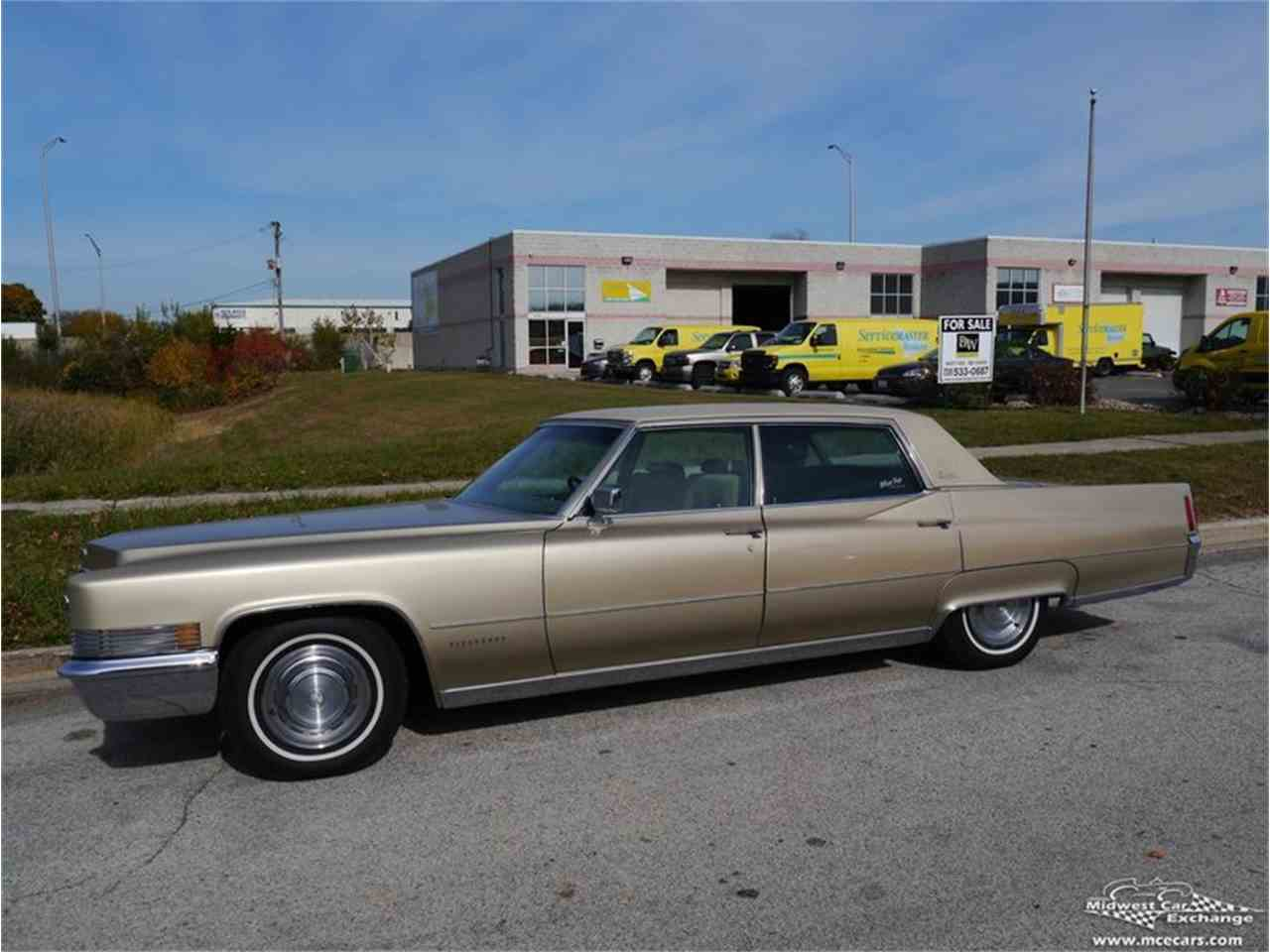 Large Picture of Classic '70 Cadillac Fleetwood Brougham located in Alsip Illinois - M9KI
