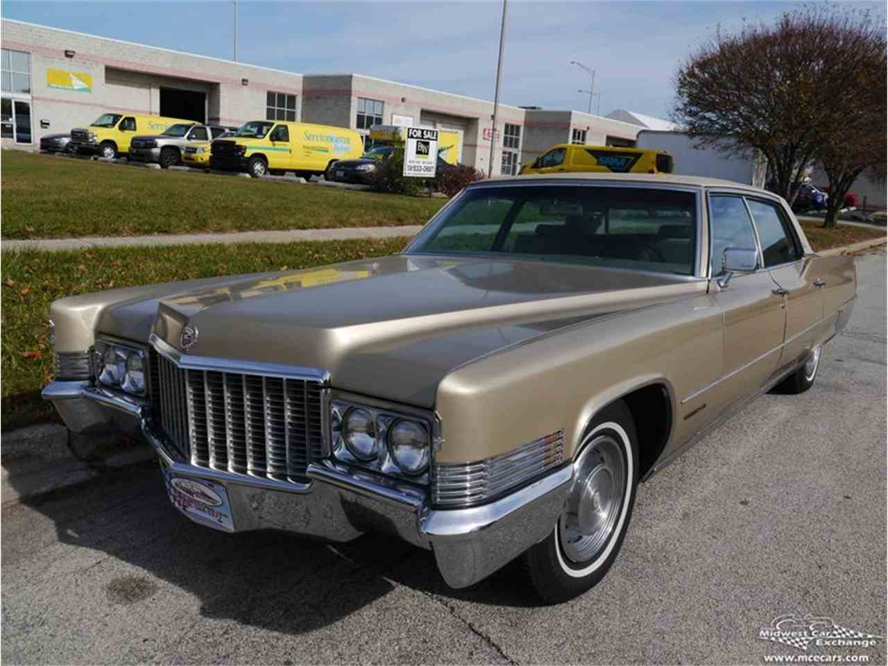 Large Picture of Classic '70 Cadillac Fleetwood Brougham located in Illinois Offered by Midwest Car Exchange - M9KI