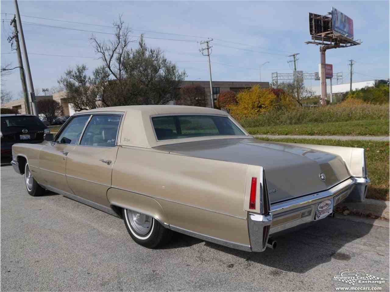Large Picture of '70 Fleetwood Brougham Offered by Midwest Car Exchange - M9KI