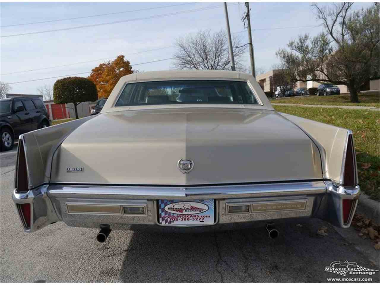 Large Picture of Classic '70 Fleetwood Brougham located in Alsip Illinois - M9KI