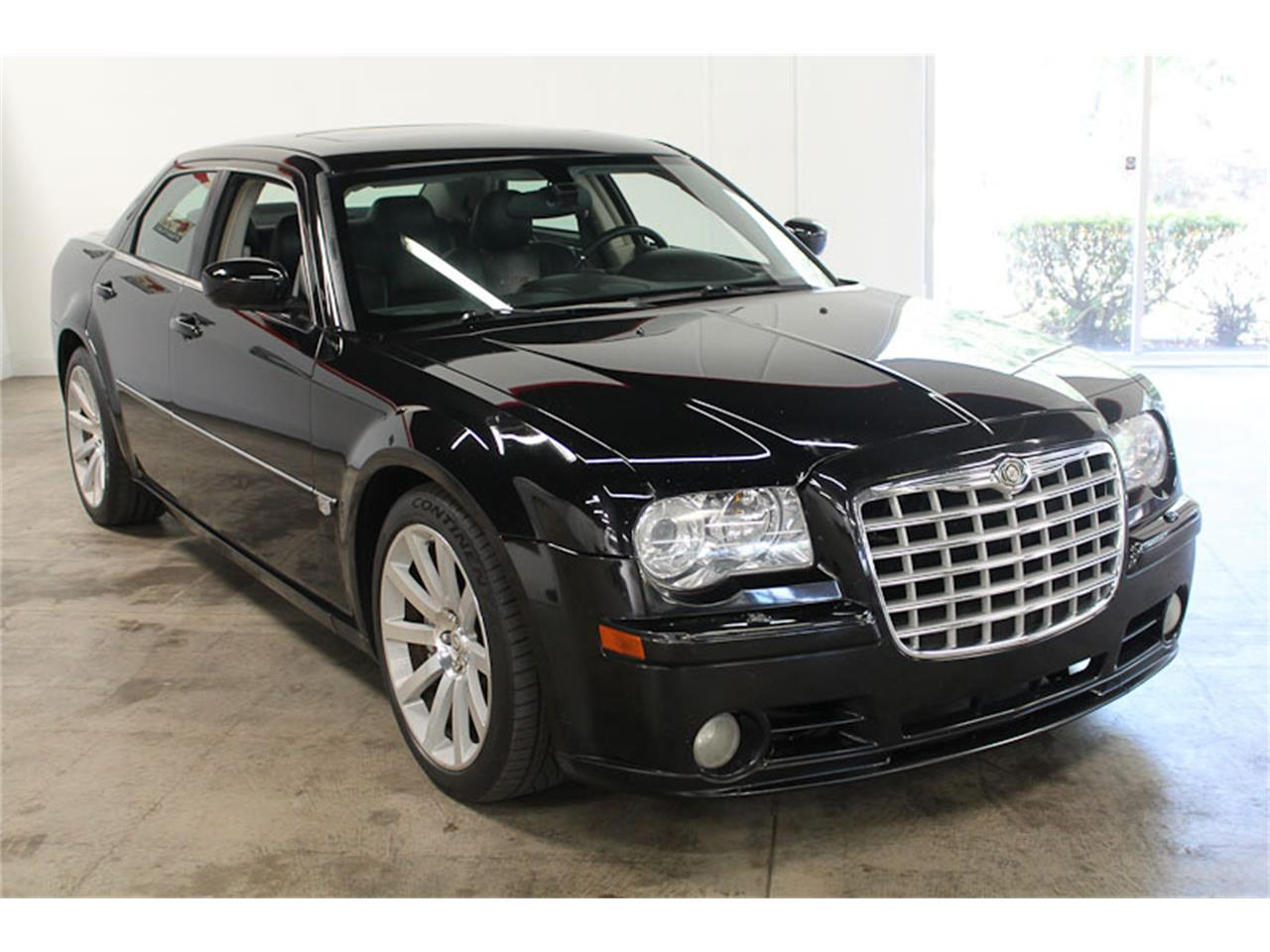 Large Picture of '07 Chrysler 300 located in Fairfield California - M9O4