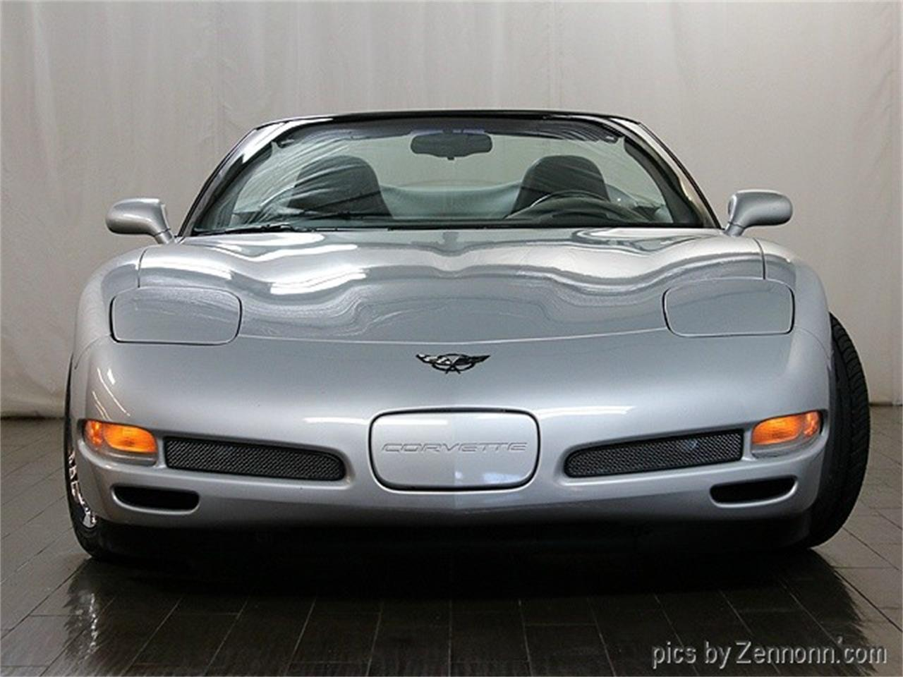 Large Picture of '00 Corvette - M9OE