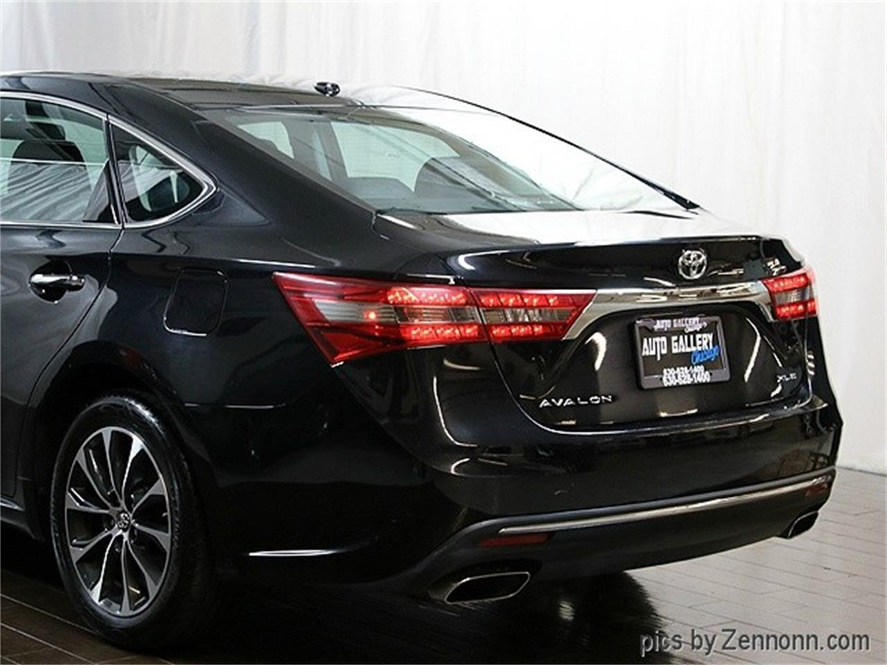 Large Picture of '16 Avalon - M9OU