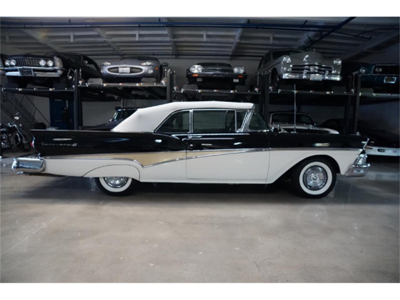 Large Picture of '58 Fairlane 500 - M9PB