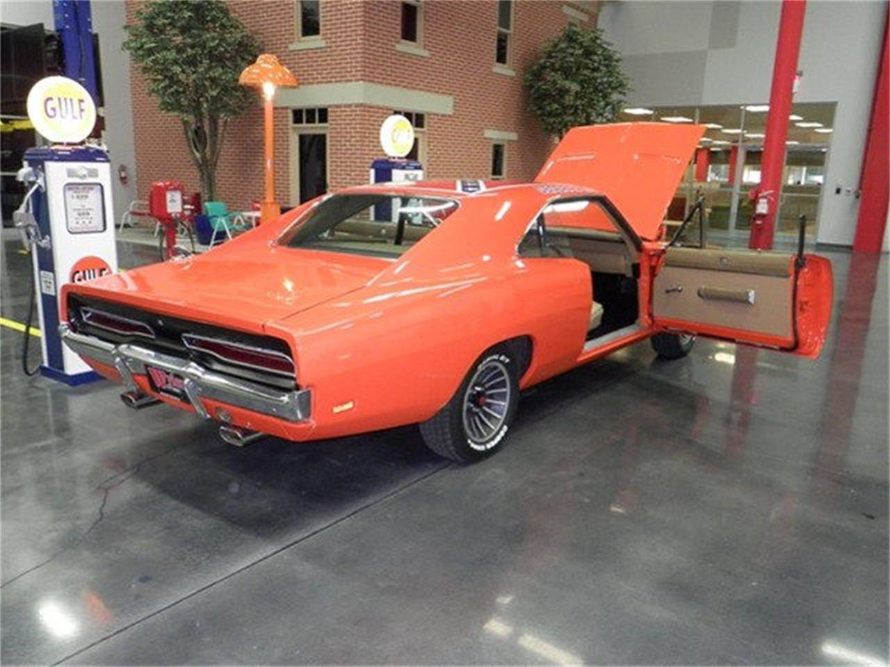 Large Picture of '69 Charger - M9PE