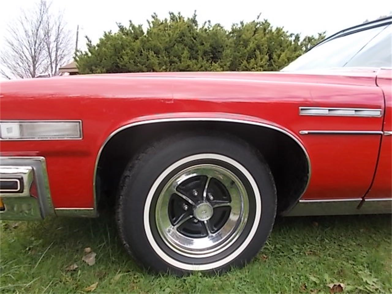 Large Picture of 1975 Buick LeSabre - $12,500.00 - M9RW
