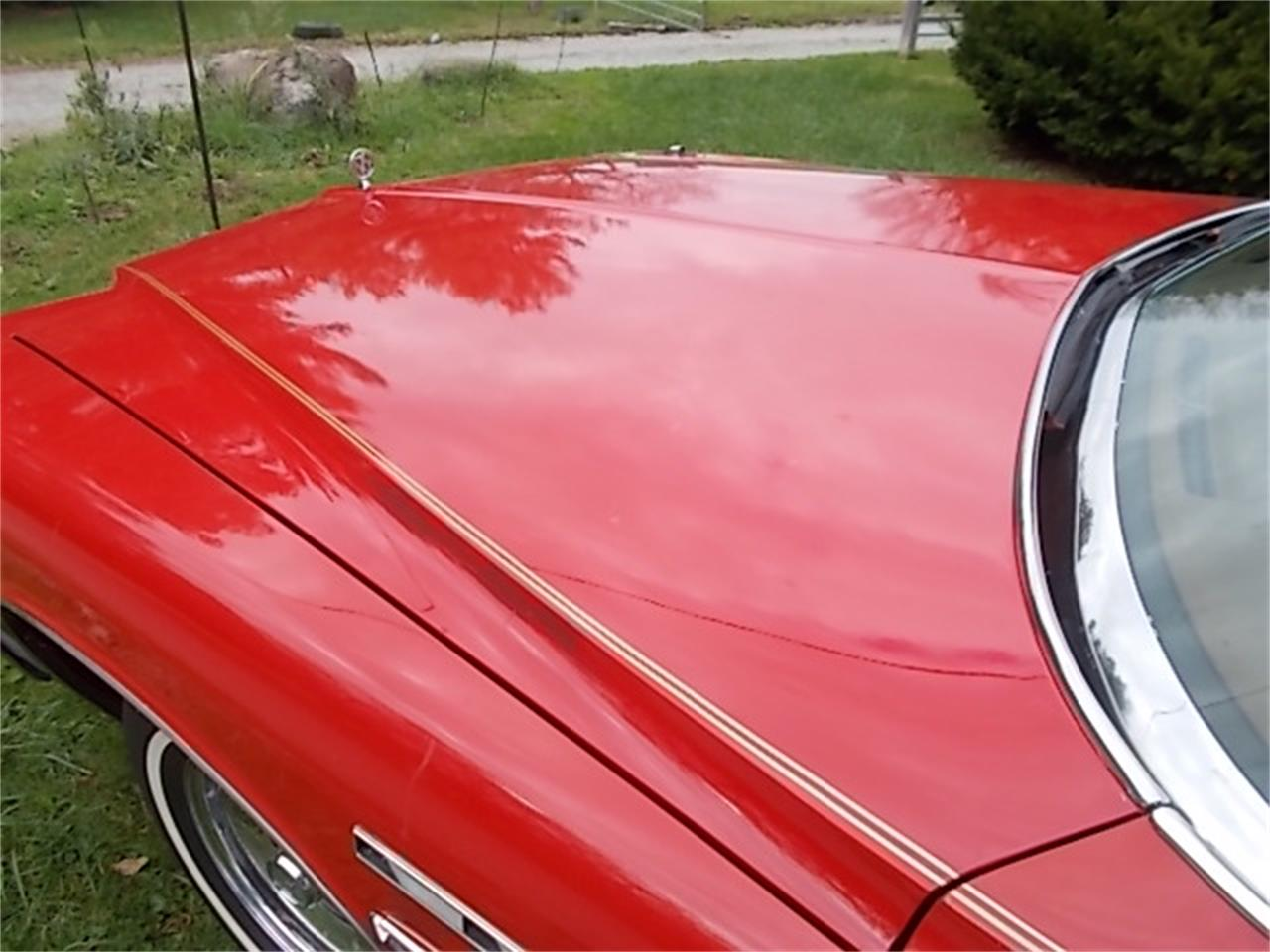 Large Picture of 1975 Buick LeSabre located in Creston Ohio - $12,500.00 Offered by ChevyImpalas.Com - M9RW